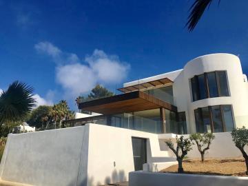 1 - Cala Tarida, House/Villa