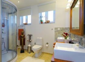Image No.22-5 Bed Villa for sale
