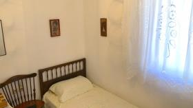 Image No.20-2 Bed House for sale