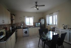 Image No.8-Maison de 3 chambres à vendre à Drapanos