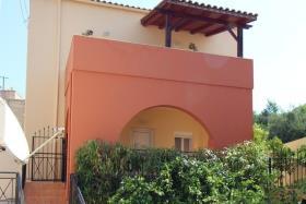 Image No.0-Villa de 2 chambres à vendre à Gavalohori