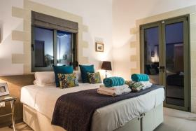 Image No.2-Villa de 5 chambres à vendre à Gavalohori