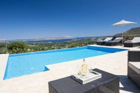 Image No.16-Villa de 5 chambres à vendre à Gavalohori
