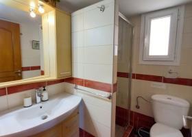Image No.4-Appartement de 2 chambres à vendre à Kambia