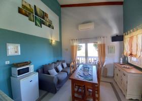 Image No.3-Appartement de 2 chambres à vendre à Kambia