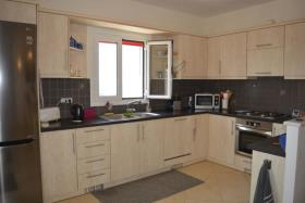 Image No.3-Villa de 3 chambres à vendre à Kambia