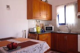 Image No.7-Maison de 2 chambres à vendre à Kournas
