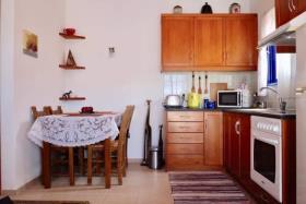 Image No.8-Maison de 2 chambres à vendre à Kournas