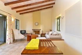 Image No.3-Villa de 3 chambres à vendre à Gavalohori