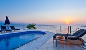 Image No.0-Villa de 5 chambres à vendre à Tersanas