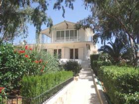Image No.0-Villa de 4 chambres à vendre à Tersanas