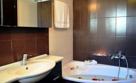 Image No.12-Villa de 4 chambres à vendre à Platanos