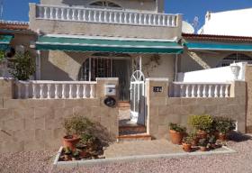 Image No.0-Bungalow de 2 chambres à vendre à Torrevieja