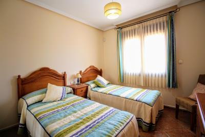 Stunning-3-Bedroom-2-Bath-Los-Altos-Detached-Villa_06