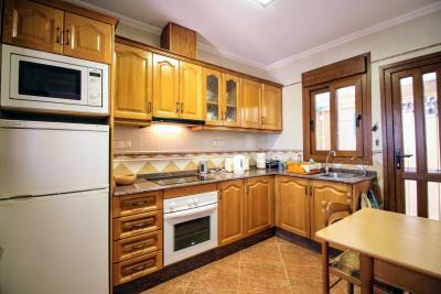 Stunning-3-Bedroom-2-Bath-Los-Altos-Detached-Villa_10