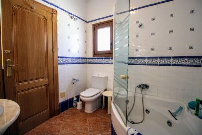 Stunning-3-Bedroom-2-Bath-Los-Altos-Detached-Villa_14
