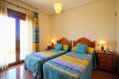 Stunning-3-Bedroom-2-Bath-Los-Altos-Detached-Villa_17