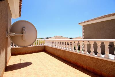 Stunning-3-Bedroom-2-Bath-Los-Altos-Detached-Villa_20