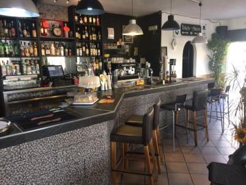 carmens-Bar-Restaurant