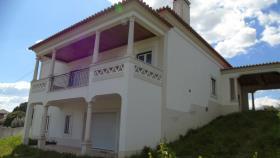 Image No.0-Villa / Détaché de 5 chambres à vendre à Tomar
