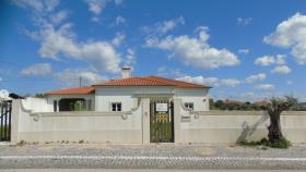 Image No.1-Villa / Détaché de 5 chambres à vendre à Tomar