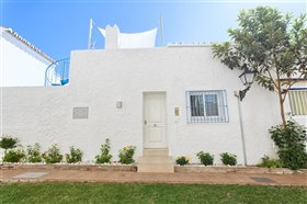 Image No.9-2 Bed Townhouse for sale