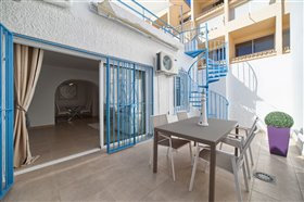 Image No.22-2 Bed Townhouse for sale