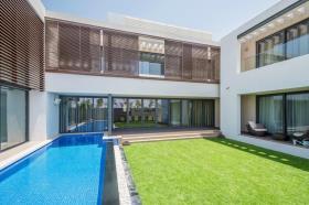 Image No.1-Villa de 5 chambres à vendre à Dubai