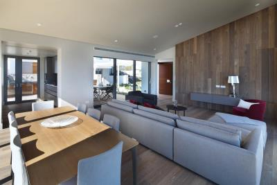 Minthis_photo_Electra_living---dining-area_