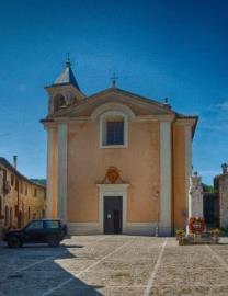 27Casa-Alex-RM-Church-2-Giano-Village