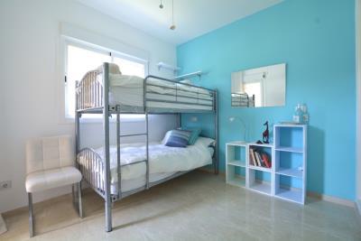 10-La-Viz-B13-H4-Bed-3