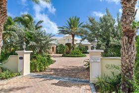 Image No.0-Maison / Villa de 5 chambres à vendre à Nassau