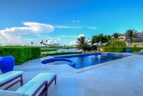 Image No.1-Maison / Villa de 6 chambres à vendre à Nassau