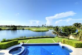 Image No.0-Maison / Villa de 6 chambres à vendre à Nassau