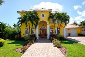 Image No.1-Maison / Villa de 3 chambres à vendre à Nassau