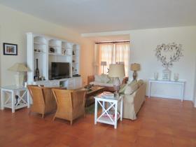Image No.2-Condo de 3 chambres à vendre à Nassau