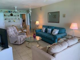 Image No.3-Condo de 2 chambres à vendre à Nassau