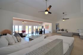 Image No.2-Maison / Villa de 5 chambres à vendre à Nassau