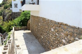 Image No.42-2 Bed Property for sale