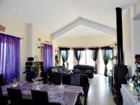 Image No.19-Maison de 3 chambres à vendre à Neon Chorion
