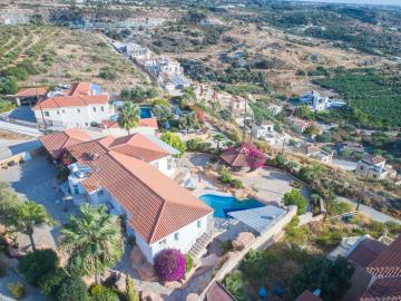 Cyprus_Paphos_CoralBay_Villa_Property_ForSale--47-