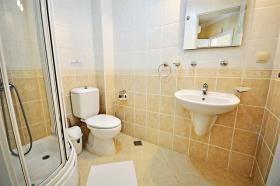 Image No.5-2 Bed Flat for sale
