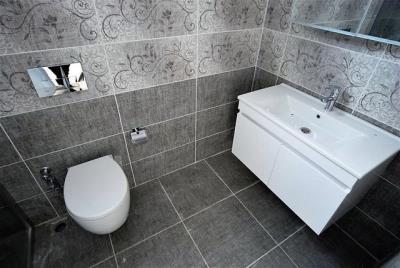Bathroom-1_resize