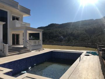 Aslanko-homes-uzumlu-villa-for-sale1
