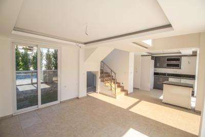 brand-new-villa-for-sale--17-