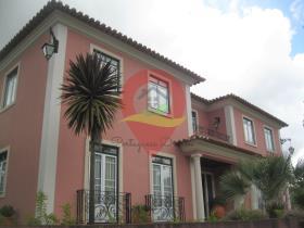 Image No.0-Maison / Villa de 4 chambres à vendre à Almalaguês