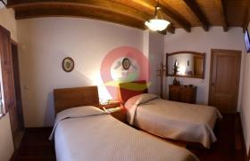 Image No.12-Maison de campagne de 6 chambres à vendre à Nisa