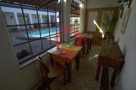 Image No.23-Maison de campagne de 6 chambres à vendre à Nisa