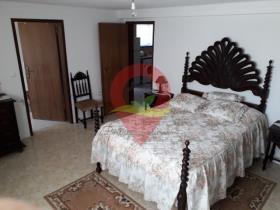 Image No.2-Maison / Villa de 4 chambres à vendre à Figueiró dos Vinhos