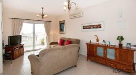 Image No.0-Appartement de 1 chambre à vendre à Emba